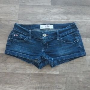 🌵Hollister short shorts size 26